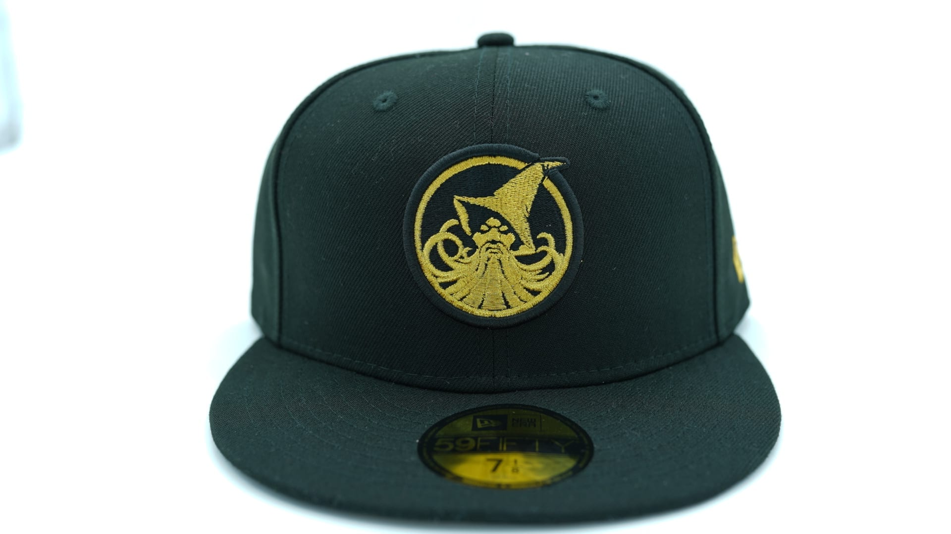 Tonal Black Durham Bulls Metal Badge Black 59FIFTY Fitted Cap by NEW ERA x MiLB